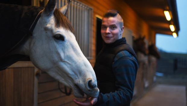 hevosenhoitaja